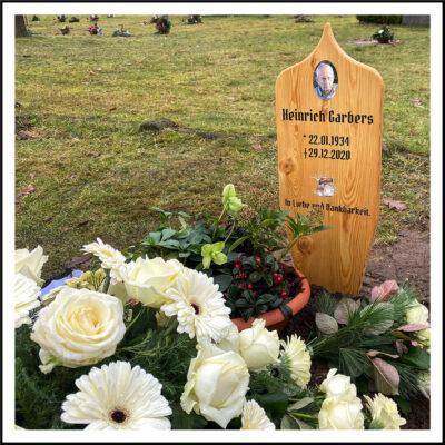 Grab eines christlichen Großvaters